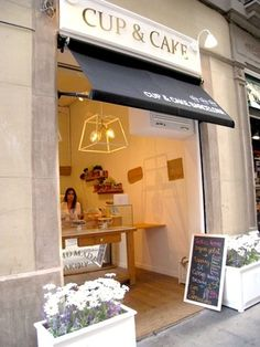 Nuevo local Cup & Cake, calle Tallers (Barcelona)