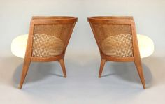 Exceptional Pair of Low and Wide Lounge Chairs by Harvey Probber image 3