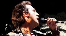 """Kıraç 14 Şubat Sevgililer Günü Konseri - http://www.kulturelajanda.com/ai1ec_event/kirac-sevgililer-gunu-konseri/?instance_id=&http://www.kulturelajanda.com  Kıraç 14 Şubat Sevgililer Günü Konseri  Yaklaşık 15 yıl önce """"Deli Düş"""" ile başlayan, """"Derindekiler"""" albümüyle devam eden yolculuğunun kilometre taşlarının yer alacağı konserde Kıraç severler eski ve yeni Kıraç şarkılarıyla coşacaklar."""