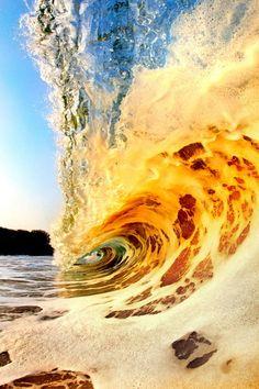 Exact afdrukken op het moment dat golven ...