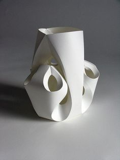 Richard Sweeney Abstract Sculpture, Sculpture Art, Paper Sculptures, 3d Paper Art, Paper Crafts, Paper Structure, Paper Architecture, Paper Engineering, Modelos 3d
