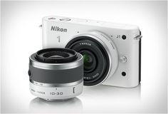 Nikon 1 J1 white Digital Camera