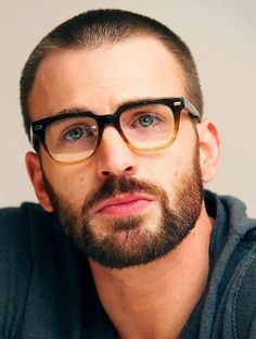 9b19ca5b194 Hipster Chris Evans. Um aaaa. What was that  Chris Evans
