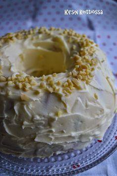 Kirsin keittiössä: 7 minuutin kakku My Favorite Food, Favorite Recipes, Finnish Recipes, Yams, Sweet Recipes, Pie, Bread, Baking, Desserts