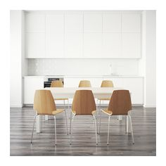 IKEA BJURSTA/VILMAR Table and 6 chairs White chrome-plated/oak veneer 175 cm It's quick and easy to change the size of the table to suit your different. Dining Set, Dining Chairs, Dining Table, Living Room Kitchen, Kitchen Dining, Bjursta Table, Under The Table, Kitchen Upgrades, Flat Ideas