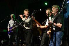 Einige der Musiker haben sich seit Jahrzehnten nicht mehr gesehen. Zur ersten Göttinger Oldienight standen sie wieder gemeinsam auf der Bühne. Acht Bands, di...