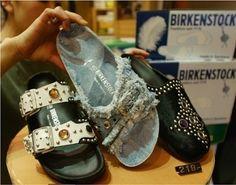 Heidi Klum stylt Birkenstock