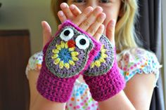 fingerless owl mittens to crochet for kids... free pattern @  the green dragonfly