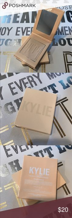 SUMMER SALE ☀️ French Vanilla Highlighter Brand New•Light Highlighter Kylie Cosmetics Makeup Luminizer
