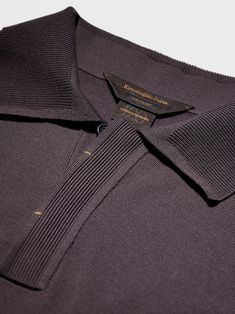 Burberry Men, Gucci Men, Knit Fashion, Mens Fashion, 60s Mod Fashion, Polo Rugby Shirt, Polo Outfit, Calvin Klein Men, Apparel Design