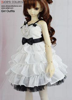 Outfits for BJD Dolls - BJD Accessories, Dolls - Alice's Collections (Als Strickkleid abgewandelt, sicherlich ganz süß)