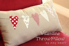 14 Valentine Pillows - Free Sewing Tutorials - FineCraftGuild.com :: heart chain