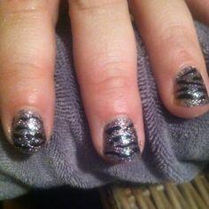 Glitter zebra nails