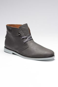 Grey Chukka Boots / Generic Surplus