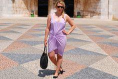 Outfit with purple Vero Moda draped dress
