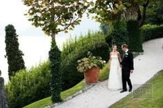 SposiamoVi's wedding planners deliver meaningful and elegant weddings throughout Italy. Visit our website to experience the weddings we've coordinated in Rome, Amalfi Coast and, Tuscany. Lake Como Wedding, Amalfi Coast, Tuscany, Elegant Wedding, Wedding Planner, Italy, Magazine, Watch, Wedding Planer