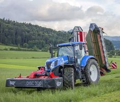 Tractor Machine, Big Tractors, New Holland Tractor, Ford News, Engineering, Farming, Vehicles, Country, Antique Tractors