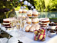 Treat your guests to some sweets on beautiful glass serving dishes!