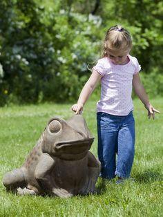 Giant Garden Frog Statue