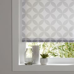 8 Connected Tips AND Tricks: Grey Kitchen Blinds bedroom blinds navy.Sheer Blinds For Windows blinds for windows kitchens. Living Room Blinds, Bedroom Blinds, House Blinds, Blinds For Windows, Window Blinds, Grey Kitchen Blinds, Grey Blinds, Modern Blinds, Patio Blinds