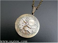 Steampunk Locket Necklace Gothic Victorian Jewellery Steampunk Jewelry- a mechanical mind delight or a neccessity for those who always have to have something in their hands to fiddle with!!