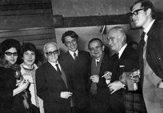İsmail Hakkı Oygar, Erdinç Bakla'nın Ankara sergisinde. Hamiye Çolakoğlu, Nüzhet İslimyeli ile beraber 1967