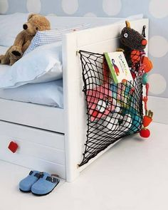 Kids Room Storage - Cargo Net Cargo netting: Its not just for camper vans! For an easy kids room storage pouch, affix a net to a wall, the back of a door, or even the side of a bed. Girl Room, Girls Bedroom, Bedrooms, Deco Kids, Bathroom Storage Solutions, Cool Kids Rooms, Kid Toy Storage, Storage Ideas, Storage Design