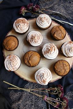 Pumpkin Cupcakes with Cinnamon Frosting - Paint the Gown Red