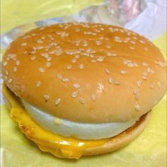 MacDonald's チーズ月見