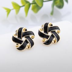 Find More Information about Elegant  Korean Jewelry Accessories Round Flower Stud Earrings Fashion Cheap Earrings 15mm*15mm,High Quality earring stone,China earring supplies Suppliers, Cheap earrings tassel from Fashion Smile-Enjoy Your Life on Aliexpress.com