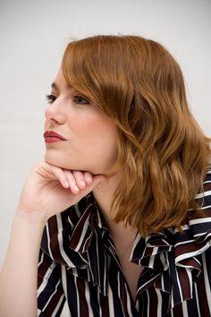 Emma Stone – 'La La Land' TIFF 2016 Press Conference