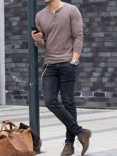 Moda hombre casual ideas pants Ideas for 2019 Trendy Mens Fashion, Stylish Mens Outfits, Mens Dress Outfits, Mens Fashion Outfits, Plad Outfits, Mode Outfits, Outfits Hombre Casual, Casual Outfits For Guys, Simple Outfits