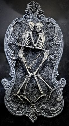 Hey, I found this really awesome Etsy listing at https://www.etsy.com/listing/84111052/amor-aeternus-small-wall-plaque