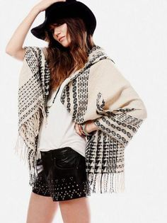 Free People - hooded Pancho