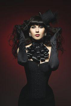 #Gothic glam