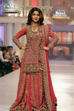 Celebrities at Telenor Bridal Couture Week 2015 Wedding Dresses For Girls, Wedding Dress Trends, Bridal Wedding Dresses, Dresses For Work, Bridal Pics, Dress Work, Wedding Hijab, Indian Bridal Outfits, Pakistani Bridal Dresses