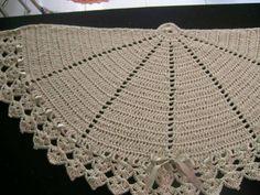 Crochet Mat, Thread Crochet, Love Crochet, Crochet Doilies, Crochet Hooks, Doily Rug, Hand Held Fan, Alternative Bouquet, Crochet Kitchen