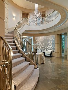 Built by Richard C. Architecture by Yarosh Associates, Inc; Interior Design by The Patterson Group; Photography by Richard Mandelkorn Staircase Railing Design, Luxury Staircase, Interior Staircase, Home Stairs Design, Home Room Design, Dream Home Design, Modern House Design, Staircase Diy, Grand Staircase