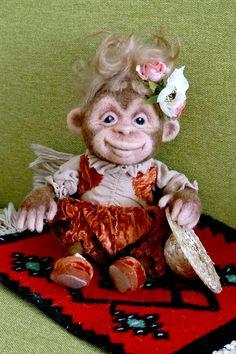 Monkey Clara от woolUkraine на Etsy