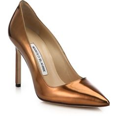 Manolo Blahnik Metallic Point Toe Pumps ($435) ❤ liked on Polyvore featuring shoes, pumps, heels, apparel & accessories, copper, pointy-toe pumps, manolo blahnik, metallic pumps, metallic pointed toe pumps and pointy toe shoes