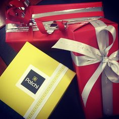 @suhasues photo: #gifts #time #chocolate #ribbon #red #silver #patchi #birthday #dubai #uae #sephora #parisgallery #lovr #instapic #instamood #instalove