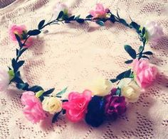 """Find and save images from the """"Flowers Crown ✿"""" collection by Accessories Maria (HMWithStyle) on We Heart It, your everyday app to get lost in what you love. Save Image, Handmade Accessories, Crown, Facebook, Bridal, Flowers, Wedding, Valentines Day Weddings, Corona"""