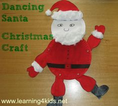 Santa using paper plates spilt pins and cotton wool a free printable