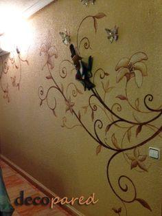 flores pintadas en salón