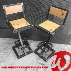 Steel and solid oak bar stool Welded Furniture, Wood Pallet Furniture, Iron Furniture, Steel Furniture, Industrial Furniture, Furniture Design, Diy Welding, Welding Table, Oak Bar Stools
