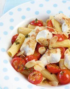 Rezept für Fisch-Pasta bei Essen und Trinken. Ein Rezept für 2 Personen. Und weitere Rezepte in den Kategorien Fisch, Gemüse, Gewürze, Kräuter, Nudeln / Pasta, Nüsse, Hauptspeise, Braten, Kochen, Einfach, Kalorienarm / leicht, Schnell.