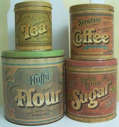 Vintage 1979 Set 4 Metal Canisters by Pentron Ballonoff Tea Coffee Sugar Flour Flour Canister, Sugar Canister, Coffee Canister, Tea Canisters, Coffee Cans, Vintage Bread Boxes, Vintage Tins, Vintage Metal, Vintage Kitchen