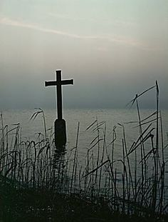 The Cross in the Starnberger See indicating the spot where King Ludwig II of Bavaria drowned in 1886. Dr.von Gudden delivered his verdict on Ludwig's mental stability and the King was removed from the throne. The next night in early evening, King Ludwig II and Gudden went for a walk by the Starnberger See. Around 11:30 that night, their bodies were found floating in waist deep water close to the shore of the Starnberger See.The cross marks the place the bodies were found.
