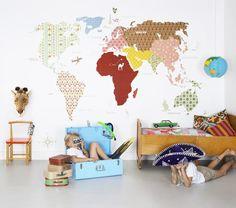 Wall mapamundi for children's room