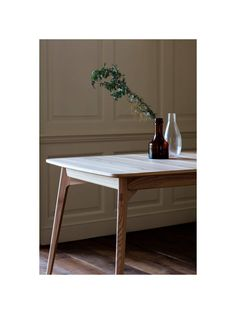 Matthew Hilton for Case Dulwich Seater Extending Dining Table, Oak Oak Dining Table, Extendable Dining Table, Milan Furniture, Model Maker, Modern Table, Modern Classic, Solid Oak, Living Spaces, Armchair